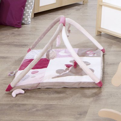noukie 39 s tapis d 39 veil victoria et lucie made in b b. Black Bedroom Furniture Sets. Home Design Ideas
